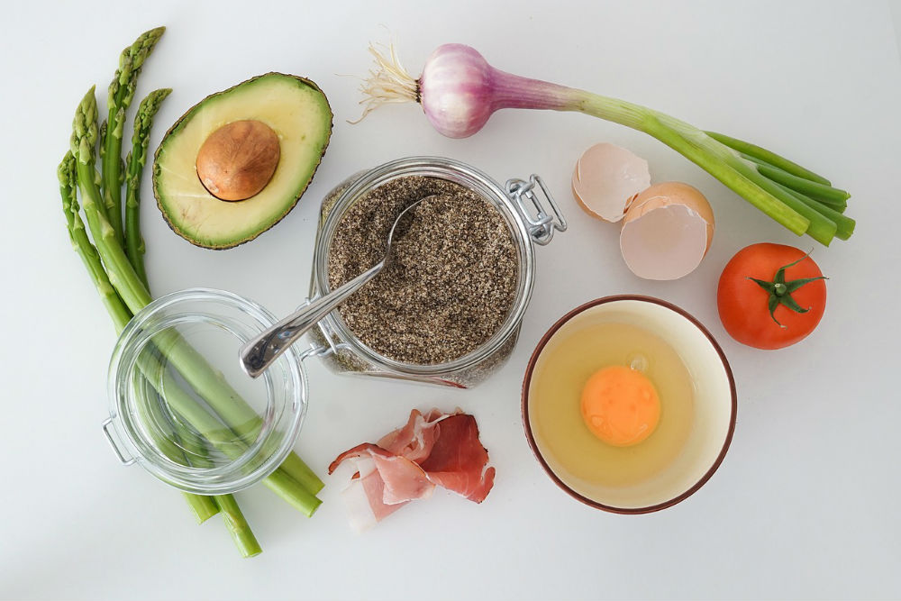 色々な野菜と食品