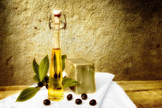 オリーブオイルとオリーブ石鹸